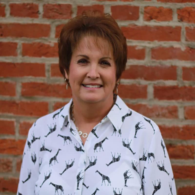 Lisa Debo - Certified Financial Planner in St. Louis at St. Charles Financial Services